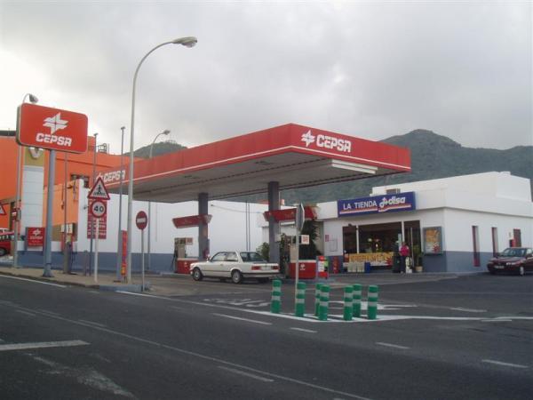 Estacion de Servicios Hijos de José Macías Martel S.L.