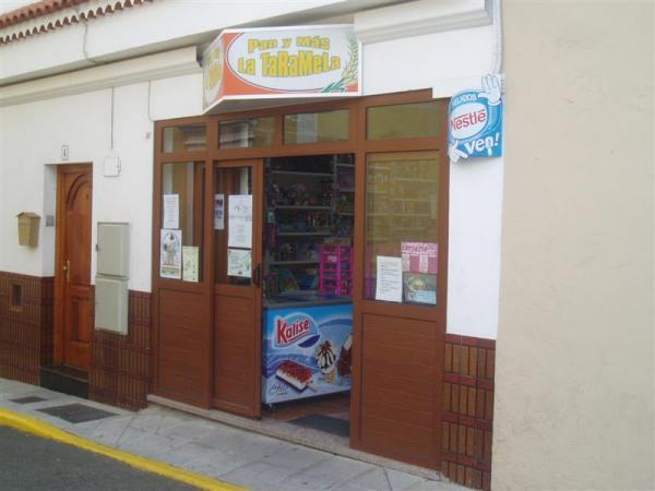 Panadería-Pastelería La Taramela